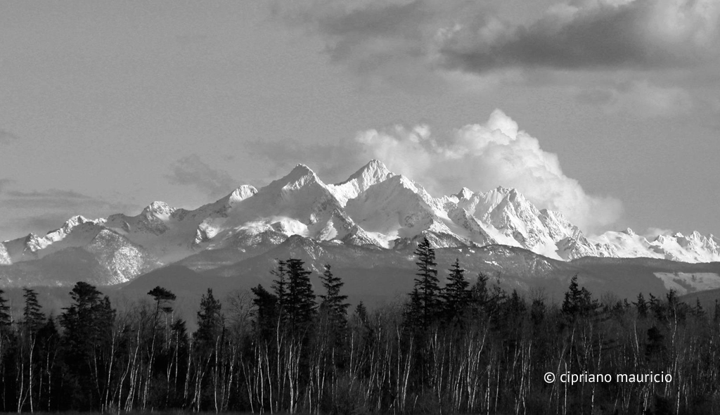 Three Sisters, Cascade Mountain Range